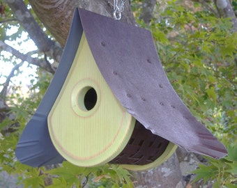 Bird House MODERN | Birdhouses with a view | Green Birdhouse