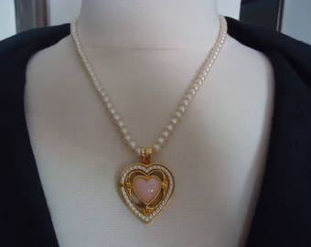 """Vintage White Faux Pearl Necklace w/ Faux Pearl and Pink Stone Heart Pendant, Gold Tone Metal, 18"""" Long w/ Barrel Clasp"""