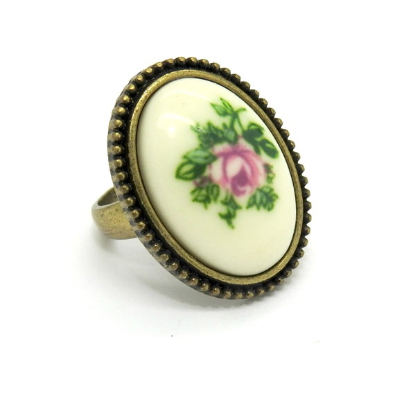 Pink Ring with flower