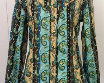 Paisley Up Cowgirl/women's paisley print western shirt with pearl snaps