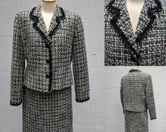Plus Size 1980s larry Levine Black, Blue, White Boucle Suit, Vintage Size 16