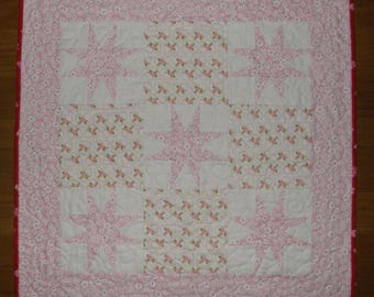 Valentines Day Quilted Table Topper, Valentines Day Quilted Table Runner, Pink White Table Topper, Valentines Day Decor, Patchwork Quilt