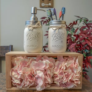 Rustic Farmhouse Distressed Mason Jar Bathroom Set, Home Decor, Farmhouse  Decor, Cotton Ball