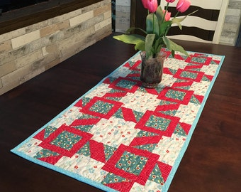 Table Topper Pattern - Table Runner PDF - Quilted Table Runner Pattern - Quilting Epattern - Railroad Tracks - #549