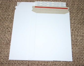 25 White 6x8 Rigid Stay Flat Self Sealing Lightweight Cardboard Envelopes Mailers For Photos Decals Stickers And More