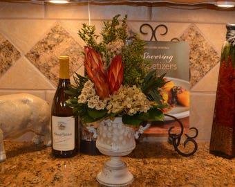 Dried Flower arrangement, Flower arrangement, Proteas, Hydrangeas. Roses