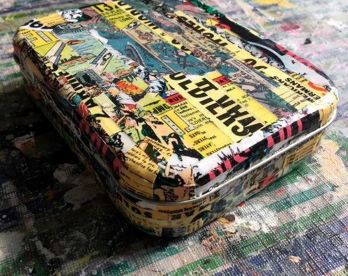 vintage toy soldiers ad collage box / art box / collage box / art object / art gift / art lover / home decor / home accent / jewellery box