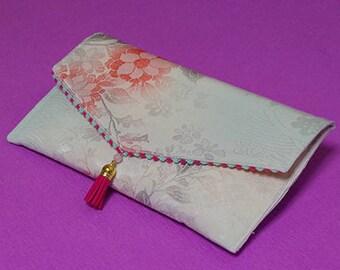 Kimono clutch bag (made of Kimono fabric)