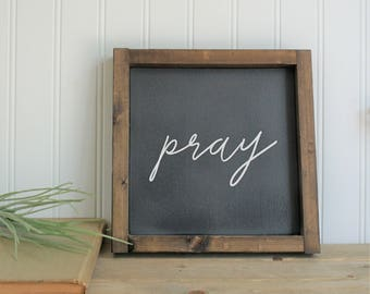 pray mini sign