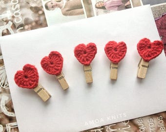 Hearts Wooden Clips, Crochet clips, Valentines Day clips