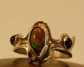 Ethiopian Opal with Black Onyx
