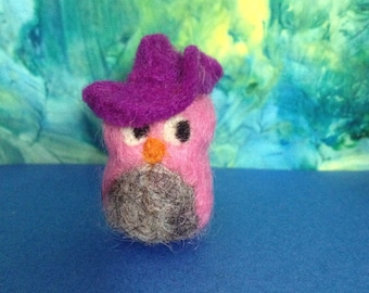 Pink mini Owl in a purple hat, OOAK needle-felted soft sculpture