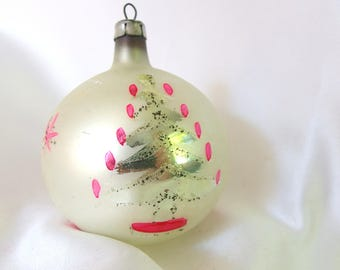 White Christmas Ornament, Hand Painted Vintage Poland Ornament