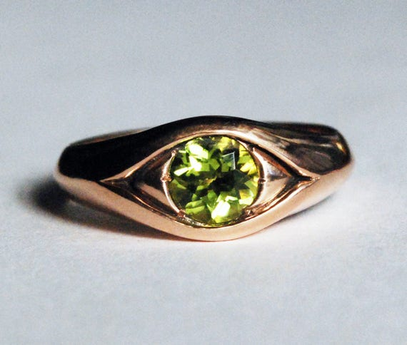 Large 14k Rose Gold Jeweled Peridot Eye Ring