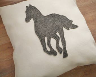 Horse Pillow, Gifts for Horse Lovers and Owners, Equestrian Farm House Decor, Barn Animal, Applique, Horse Gift ideas for girls
