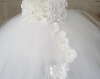 White flower girl tutu dress. White hydrangea tutu dress. Toddler dress. Girls dress. Flower girl dress. Wedding dress. Baptism dress