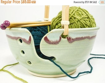 ON SALE Large Knitting Bowl - Large Crochet Bowl - Yarn Bowl Large - Knitting Holder - Clay Knitting Bowl - Knit Bowl - Handled Yarn Bowl -