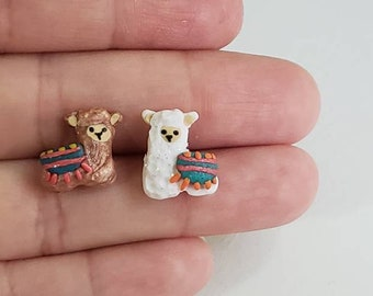 Alpaca earrings.Alpaca clay earrings.Farm animal earrings.Sensitive ears.Animal earrings.Fun earrings.Alpaca polymer clay.Alpaca gift