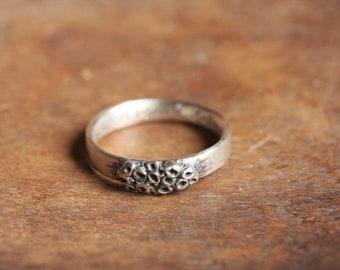 eye lichen you | OOAK oxidized sterling silver ring | 8.5