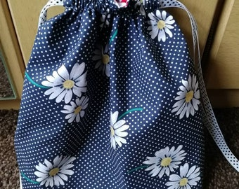 Sock Sack - Daisy Drawstring Bag - Project Bag