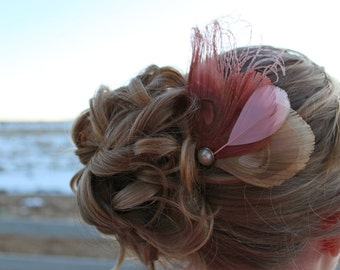 LISETTE in Pink and Ivory Peacock Feather Hair Comb
