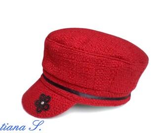 Hat / CAP, boucle red, black, beadwork Gr. 56