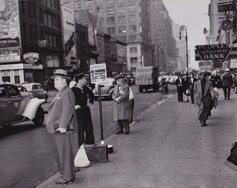 New York City , 34th Street Toward 8th Avenue (October 22nd 1945)
