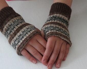Mitts, fingerless gloves