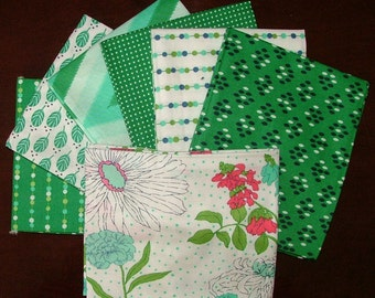 Color Me Happy Fat Quarter Bundle of 7 in Grass Green by V & Company for Moda