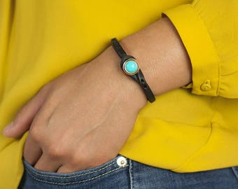 Women's ITALIAN LEATHER Bracelet with Stone Closure, Entirely Handmade in Italy (Black Leather with Turquoise Stone)