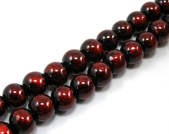 Set of 20 glossy 10 mm red glass beads