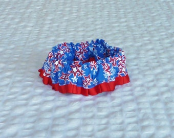 "Dog Ruffle Collar, Patriotic Star Collage Dog Scrunchie Collar - red pleated trim - Size S: 12"" to 14"" neck"