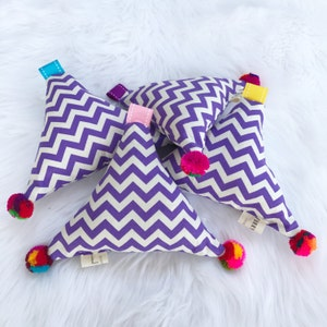 Calming Dog Toy. Organic Lavender. Great for Anxious Dogs. Natural Aromatherapy. Anti Stress. Dog Wellbeing. Purple Print. Australian Made