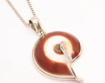 Vintage shell pendant, silver snail shell necklace pendant, shell necklace, snail necklace, animal jewelry, shell pendant, free shipping