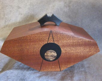 """African Sapele """"Journey"""" Lidded Vessel Sewelson Box"""