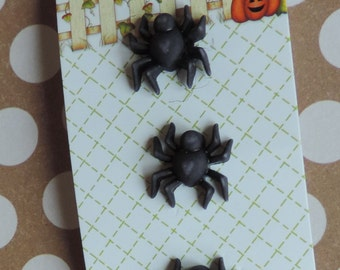 Spider Buttons, Carded Set of 3 Buttons, Happy Halloween Collection by Buttons Galore, Shank Back Buttons, Sewing, Crafting Embellishments