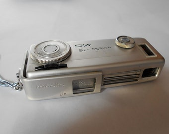 Vintage Minolta Super - Miniature Camera Model 16 MG  - Rokkor 1:2.8/20 mm Lens - Spy Camera with case