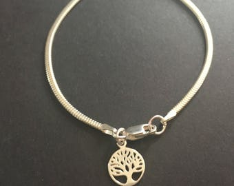Tree of Life Chain Bracelet, Sterling Silver Tree of Life Bracelet, 925 Silver Charm Bracelet, Silver Jewellery Gift For Her, Circle Charm