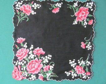 CARNATIONS and BABYS BREATH Hanky 1960s