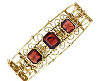 Antique Victorian 15ct Gold Garnet Bangle