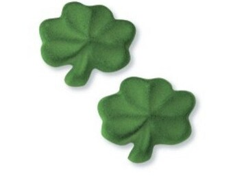 St Patricks Day Shamrock Sugar Pieces / Cupcake Toppers / Decorations