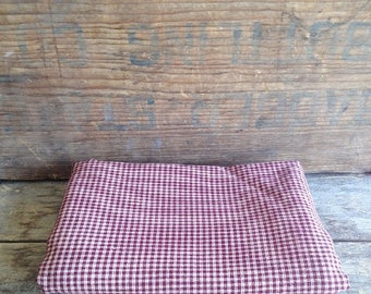 Vintage Burgundy Check Homespun Fabric. 1980's Vintage Fabric. Vintage Sewing. Vintage Cotton Fabric. Quilting Fabric. Doll Making Fabric.