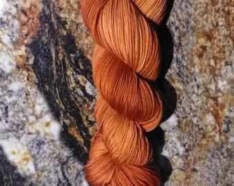 """80/20 Superwash merino wool and nylon blend sport weight yarn 328 yds 100g """"rusty"""" brown"""
