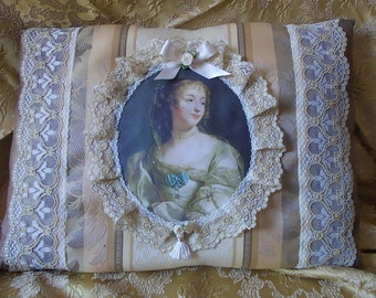 """Mme de Maintenon"" portrait pillow"