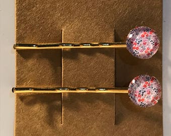 Pretty flowers on gold Bobby Pin Set