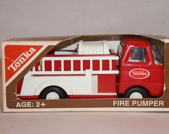 Vintage 1960s Tonka Mini Fire Pumper NIB