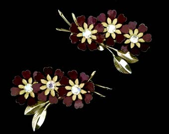 Pair of Coro 40's Earrings    GJ2524