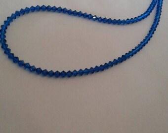 Blue bicone crystals necklace