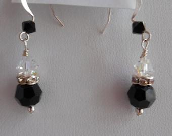 Simple Elegance Earrings in Jet Black