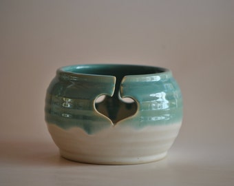 Pottery Yarn Bowl for Knitting in Turquoise